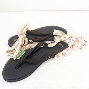 NWT Sanuk Yoga Sling Sandals sz 9